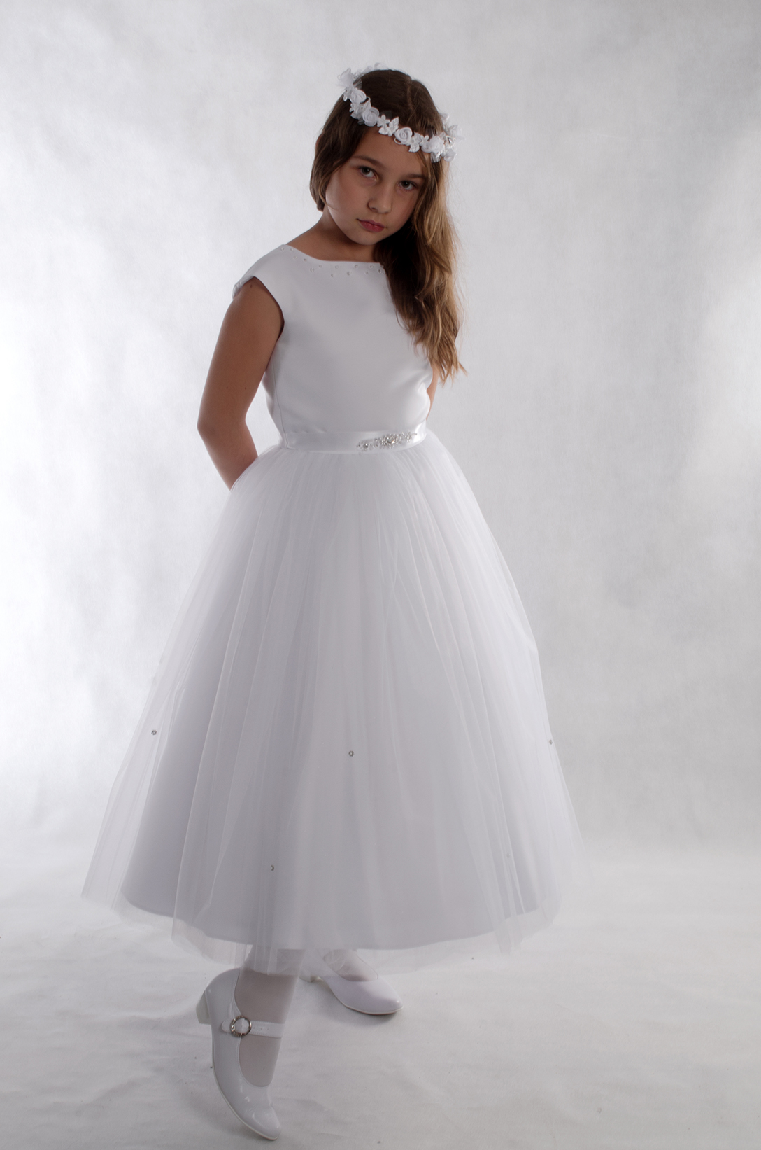 cb9250ddcc Sukienka komunijna Celinka w stylu księżniczki - Suknie Venus