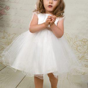 Sukienka do chrztu Wiola w styl książniczki z rozkloszowanym dołem.
