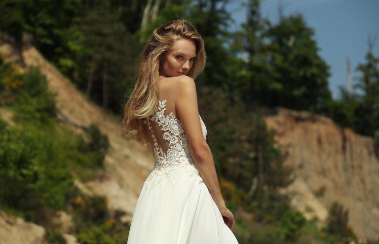Zmysłowa suknia ślubna Bianka
