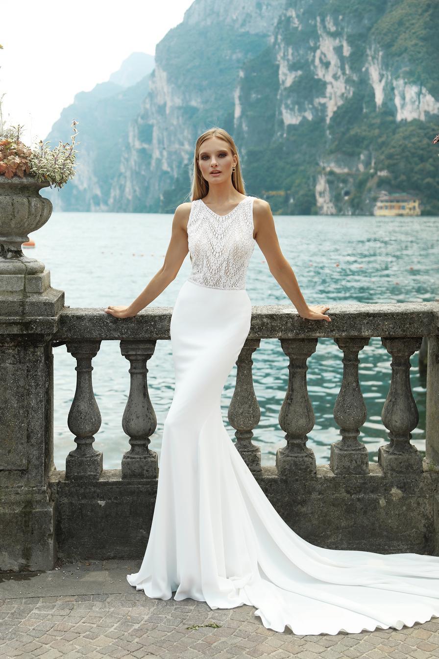 Suknia ślubna Britney Idealnie Podkreśli Kobiecość Panny Młodej