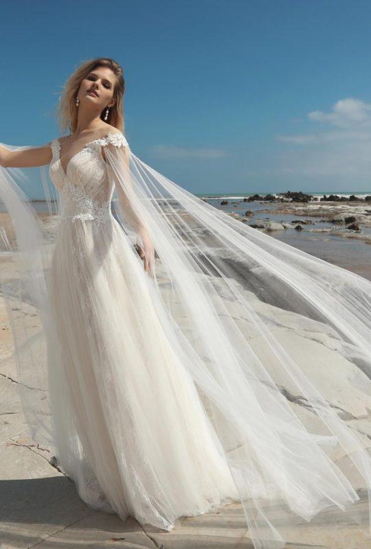 Suknia ślubna Cardiff z odpinanymi rękawami