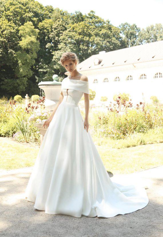 Suknia ślubna Cordina satynowa księżniczka